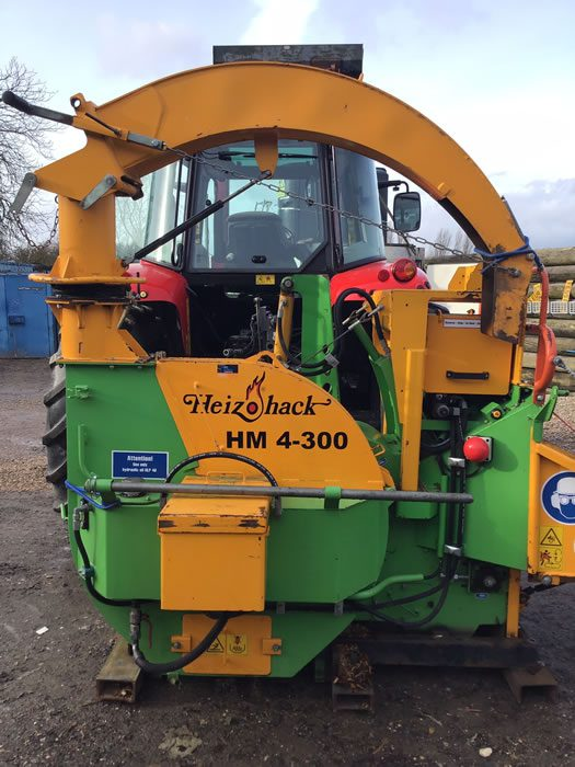 Large Chipper for tree services company for sale